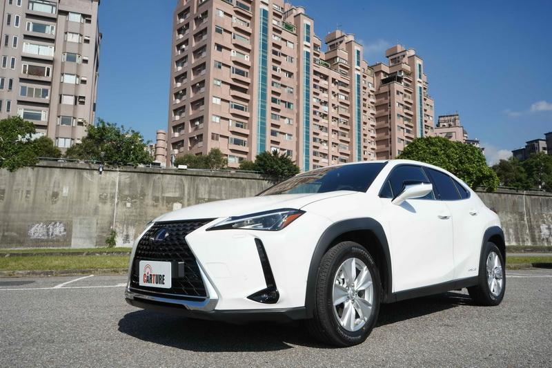 Lexus UX以139.9萬的價格便能跨入豪華品牌,讓許多想升級的消費者趨之若鶩