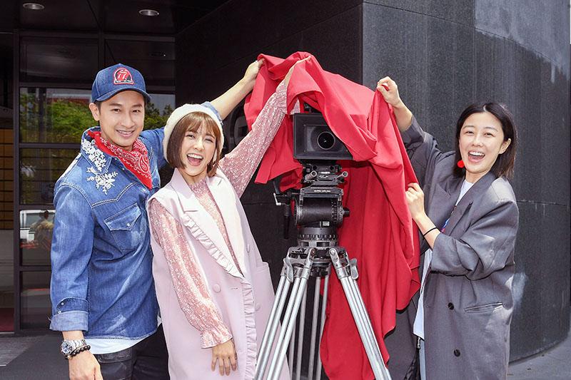 《羅雀高飛》開鏡,網羅台語劇新鮮人(左起)邱凱偉、大元、李維維演出。