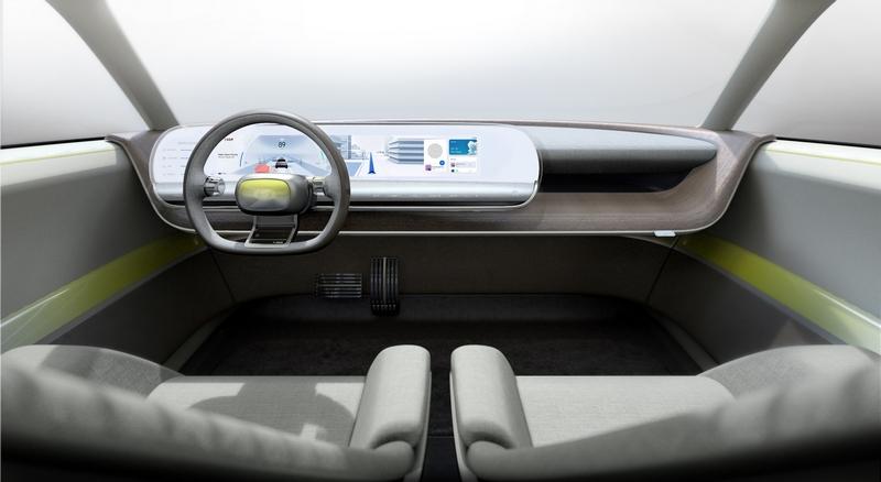 這只是概念車設計,屆時45 EV量產內裝不會是這設計,但相信應會有虛擬座艙。