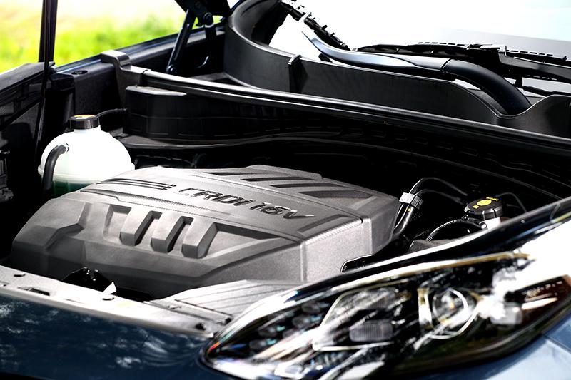動力系統依舊是185hp/41kgm輸出的2.0升柴油引擎。