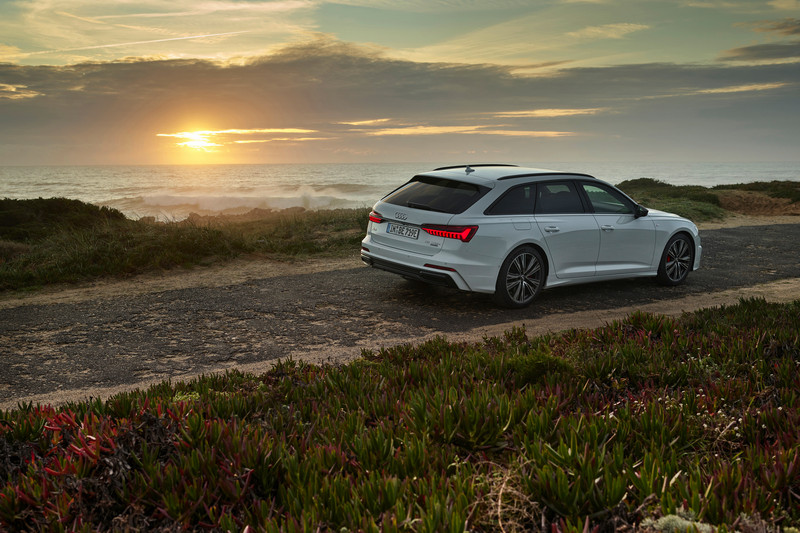 A6 Avant 55 TFSI e quattro據有367hp馬力與50km/L平均油耗和51公里純電行駛里程特性。