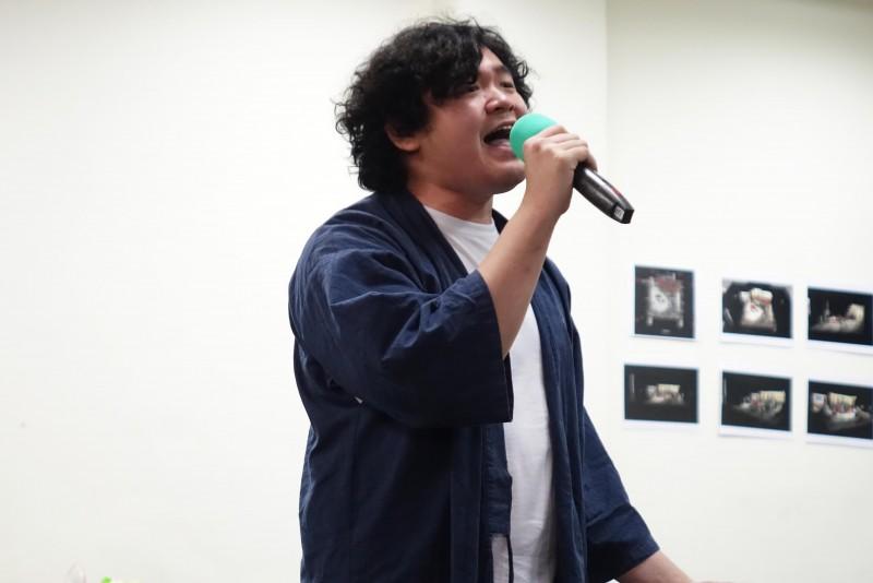 嚴梓菘聲音爆發力十足,過往曾入圍金曲獎最佳重唱組。/全民大劇團提供