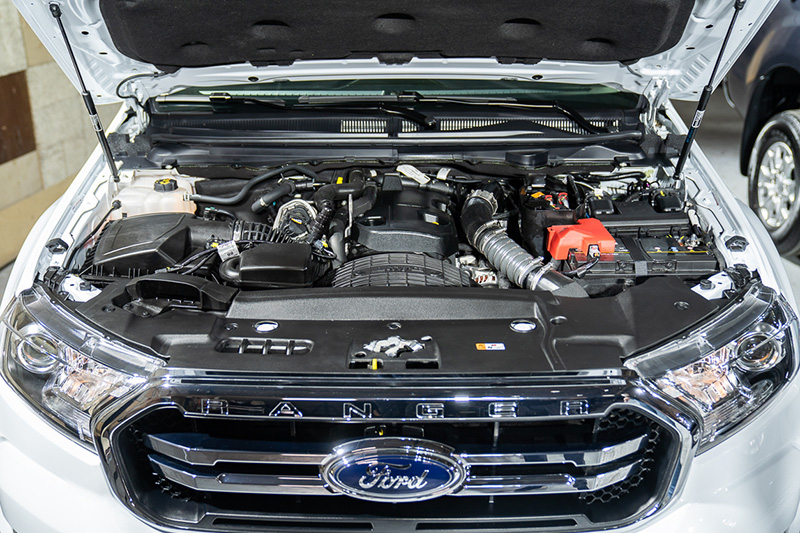 Ranger職人型/全能型搭載擁有VGT可變幾何渦輪增壓技術的2.0升柴油渦輪引擎,以及領先同級的十速SelectShiftTM手自排變速箱,創造170ps最大馬力與42.8kgm強悍扭力。