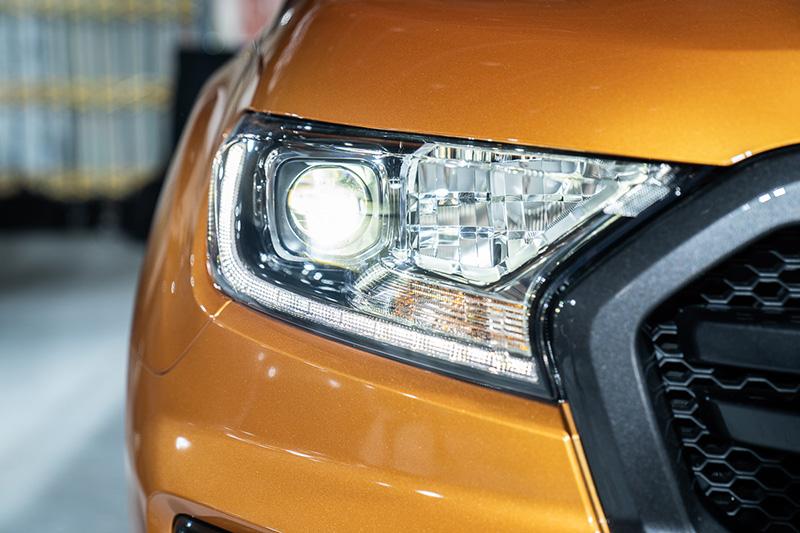 Ranger運動型升級方型投射式LED頭燈。