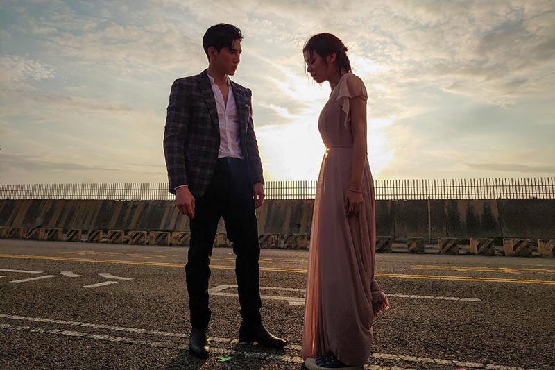 宋芸樺(右)這次在《浪漫輸給你》跟張立昂(左)合作是很特別的緣份。