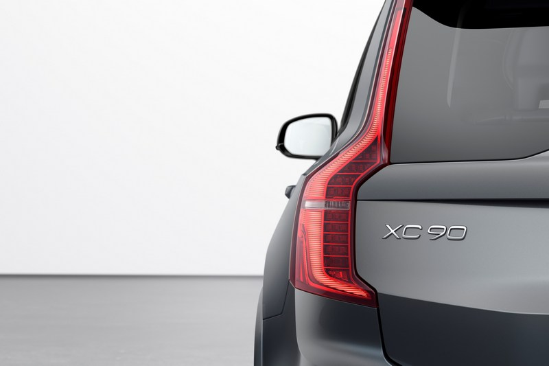 照Vovlo規畫與先前報導,可以猜測XC90將會在2022年推出。