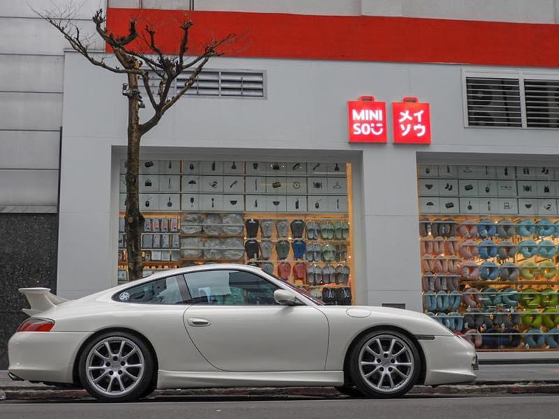 陳熙之車庫裡愛駒之一 996 Carrera 配GT3套件。/陳熙之提供