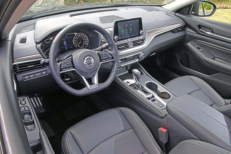 全新Altima座艙設計走的是均衡風,各功能介面極好上手,該為Nissan記上一支嘉獎。