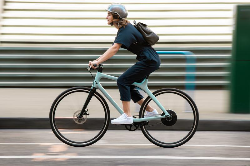 Eeyo電能讓騎乘更輕鬆,並且具有運動與Eco模式。