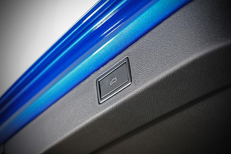 電動尾門設計十足討喜,同時也堪稱同級僅見。