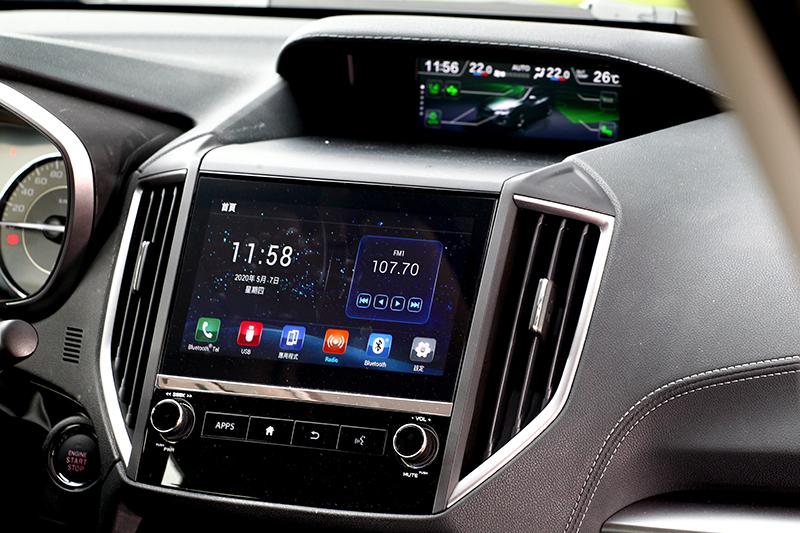中控系統換上8吋螢幕,也具備支援Android Auto與Apple CarPlay。