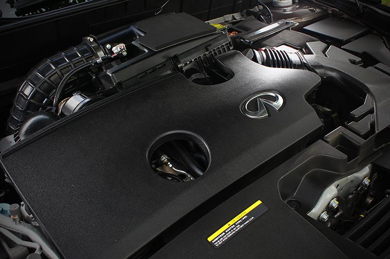 2.0升缸內直噴渦輪增壓引擎聽起來沒什麼特別?要知道2.0 VC-Turbo可是全球首具量產的可變壓縮比引擎啊!