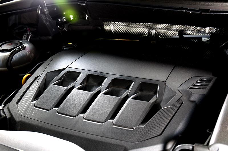 220hp/35.7kgm輸出已是當年Golf GTI水準。