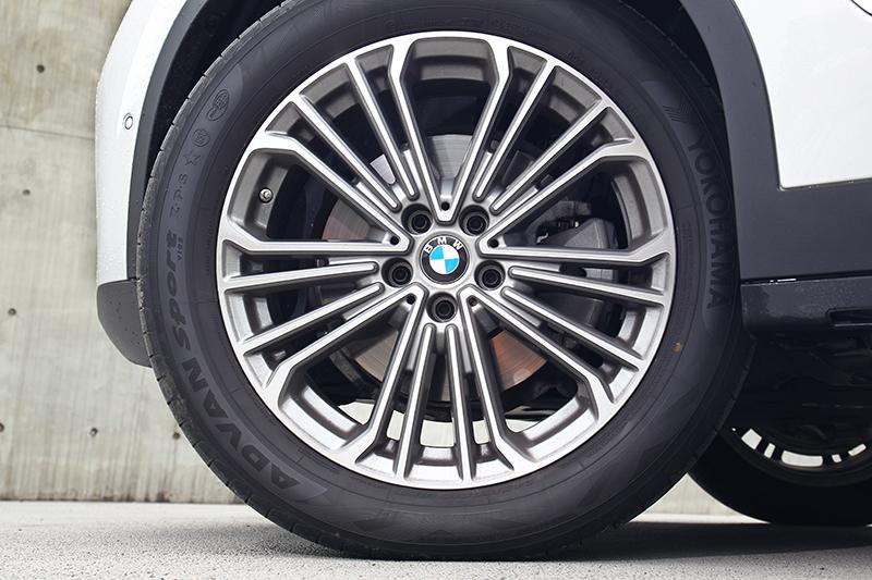 X3 xDrive30i輪胎規格為245/50 R19。