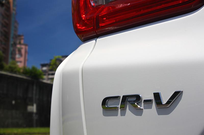 現在入主廣受好評的Honda CR-V,即可享受tokuyo按摩椅無微不至的呵護。