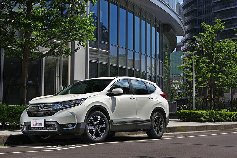 精悍健壯但又不失時尚俐落的造型,向來都是Honda CR-V予人的第一印象。