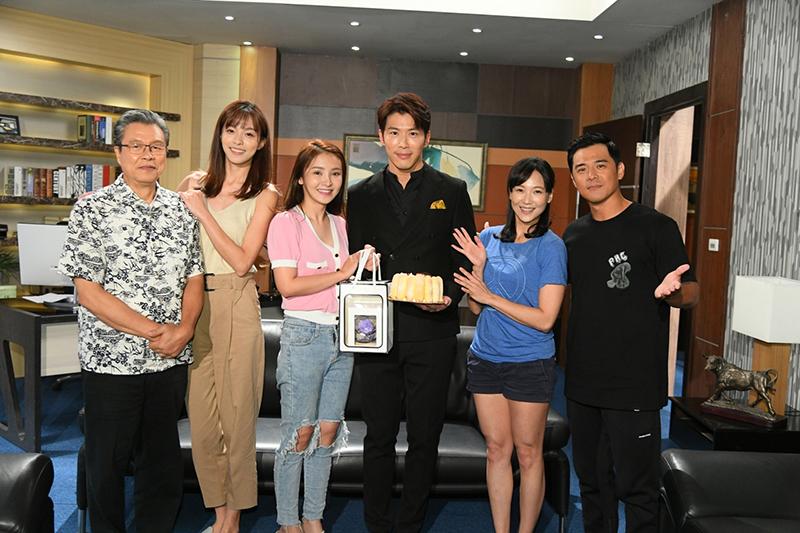 《天之驕女》演員(左起)楊烈、賴郁庭、陳子玄、黃少祺、張本渝、竇智孔。