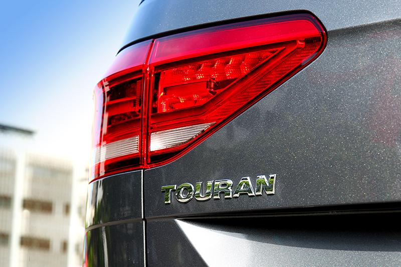 誰說要休旅車,Touran一樣能載的多又乘的開心。