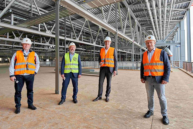 萊比錫市長Burkhard Jung受邀參觀工廠。