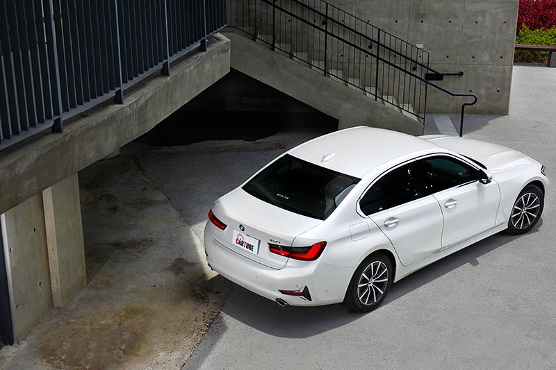 Luxury Line套件讓318i散發出優雅氣質。