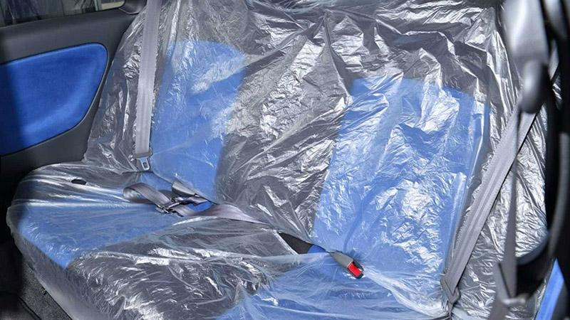 後座塑膠保護套都還沒拆。