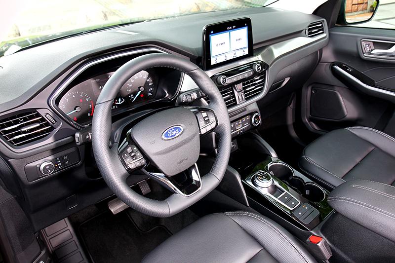 兼具個性化及實用機能的座艙鋪陳 ,呈現出同級首屈一指的設計感與舒適度。
