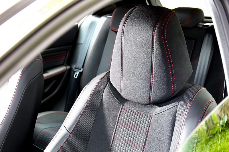 跑車座椅搭配GT-Line縫線帶來強烈運動氣息。