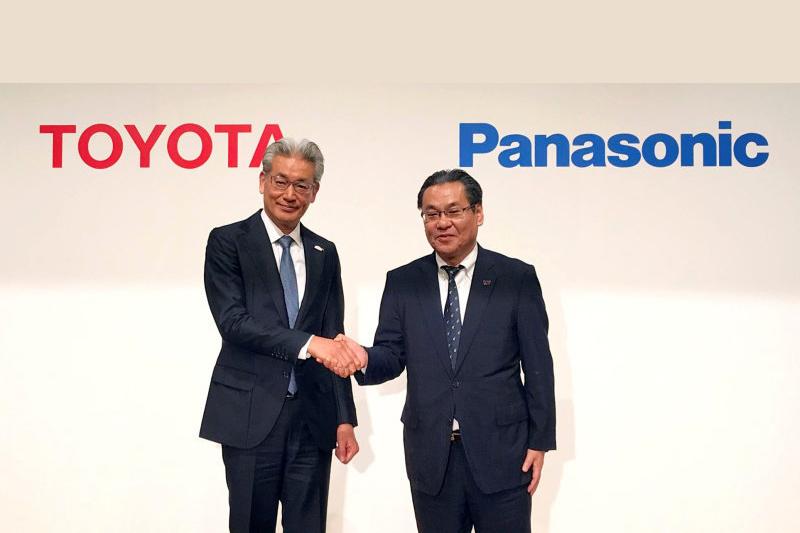 Toyota於2020年初與Panasonic合作研發固態電池。