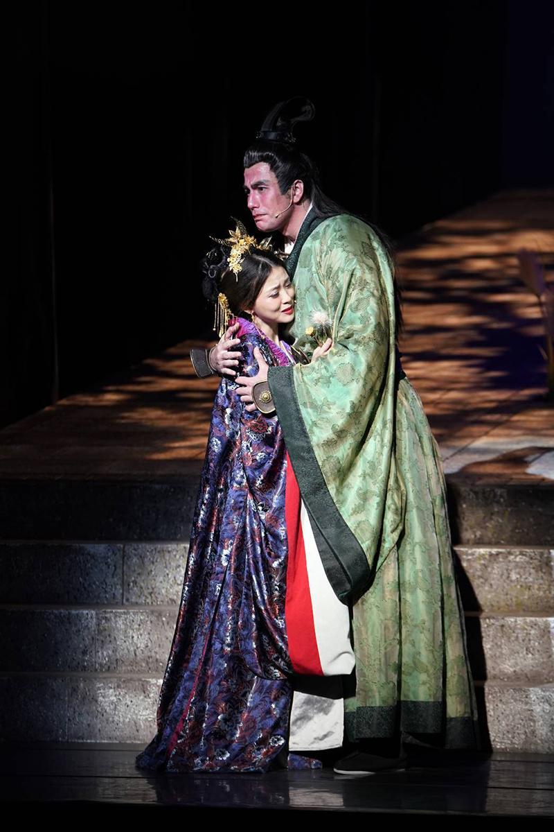音樂劇《賽貂蟬》演員(左起)卓文萱、黃志瑋。/全民大劇團提供