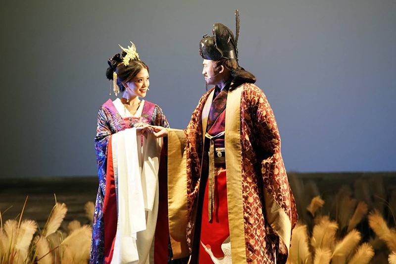 音樂劇《賽貂蟬》演員(左起)卓文萱、小馬。/全民大劇團提供
