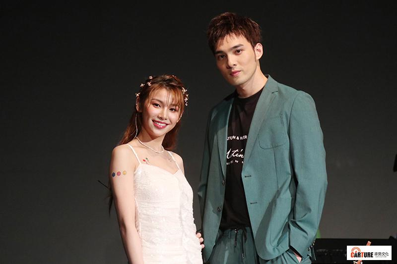 采子(左起)首場音樂會,黃偉晉一身綠色《前任》造型現身彩排。