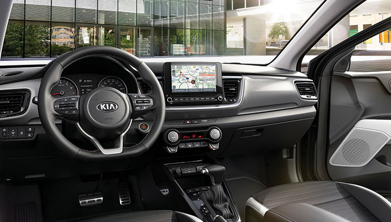 配備新增Phase II UVO Connect及搭載SCC智能巡航控制、LFA車道跟隨系統。