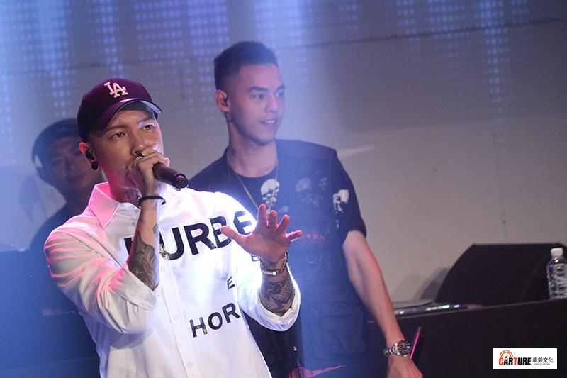 《Toyoyta TV嘻哈一夏演唱會》小春Kenzy壓軸演出。