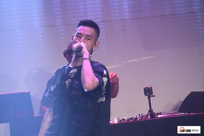 《Toyoyta TV嘻哈一夏演唱會》。