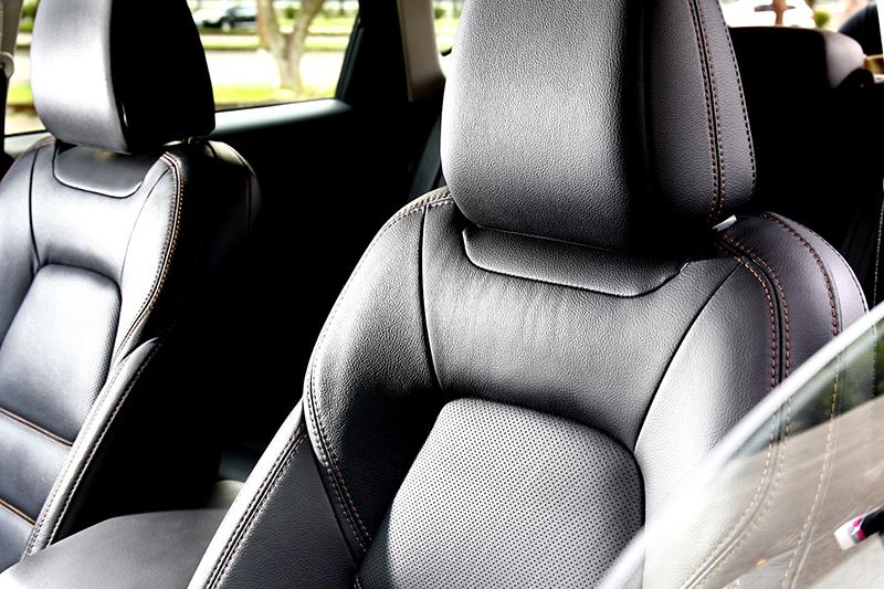 座椅不僅有著舒適乘座表現,更提供相當適合國內環氣候的通風功能。
