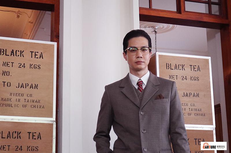 客語時代生活劇《茶金》演員薛仕凌完全顛覆「做工的人」及「生生世世」螢幕形象。