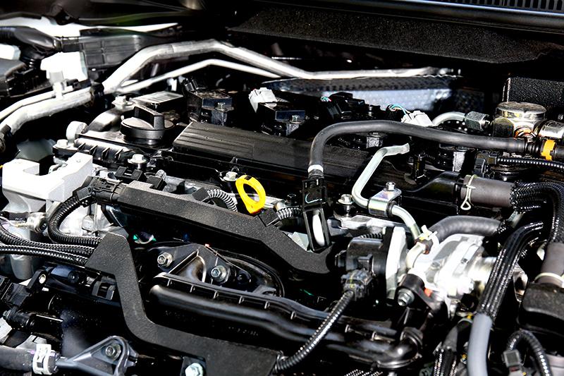 動力搭載2.0升自然進氣擁有170hp/20.4kgm輸出。