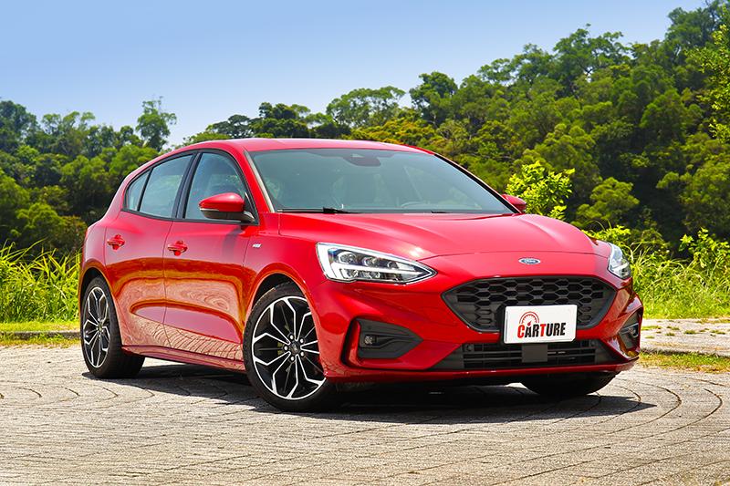 Focus外型樸實與動感兼具,不過6色車漆選項顯得較為單調