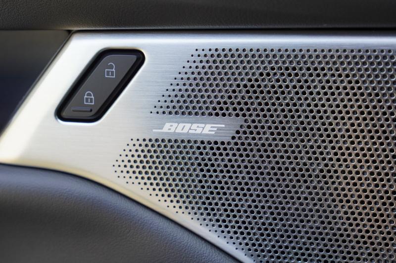 價格不斐的BOSE音響也替Mazda 3的內裝配備加分不少