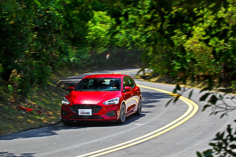 Focus ST-Line馬力是三者之最,加速感與操控犀利度也是三車中最爽快的