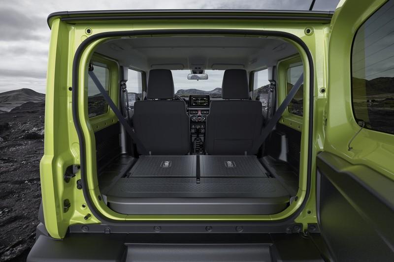 改商用車的Jimny將犧牲後座空間。