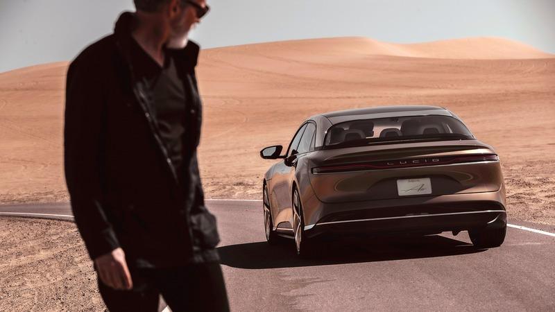 Air Touring車型動力降低至620hp馬力,續航里程只有653公里,價格就只要9.5萬美元起。