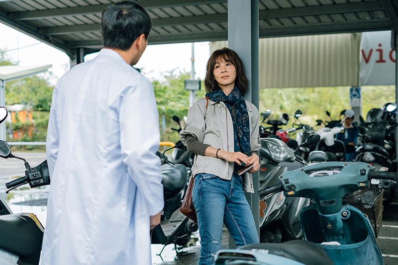 謝盈萱《孤味》一改悲情形象,變身灑脫多情女。