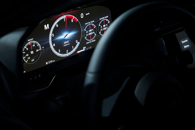 12.3吋數位儀表能提供多種行車資訊。