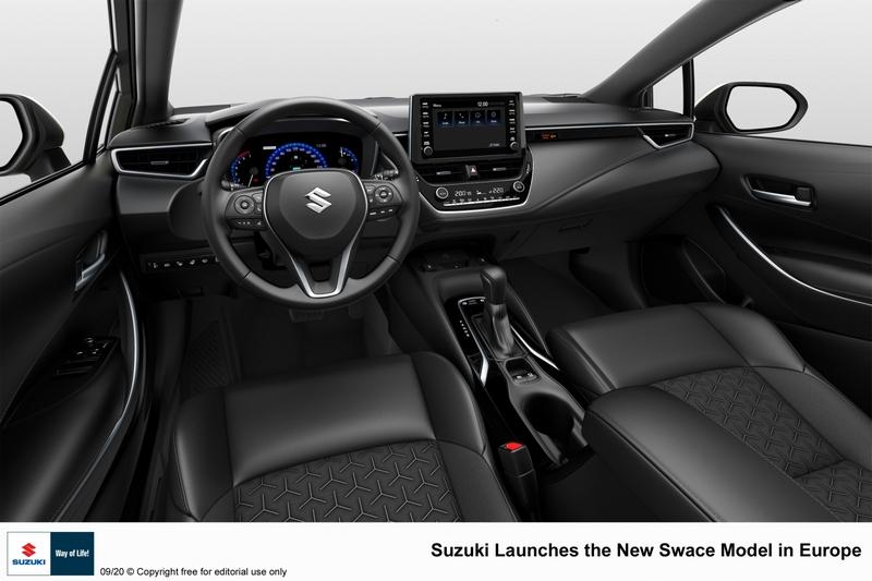 座艙也維持與Corolla Touring Sports相同架構配置。