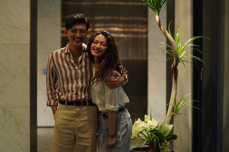 影集版《比悲傷更悲傷的故事》中最悲情角色牙醫佑賢以及敢愛敢恨的攝影師Cindy由曾少宗配對姚以緹演出。