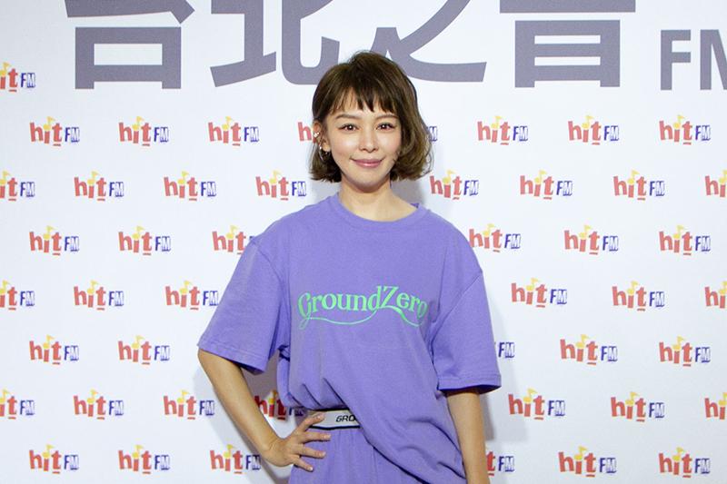 徐若瑄承諾粉絲2021年底前,一定開個人演唱會。
