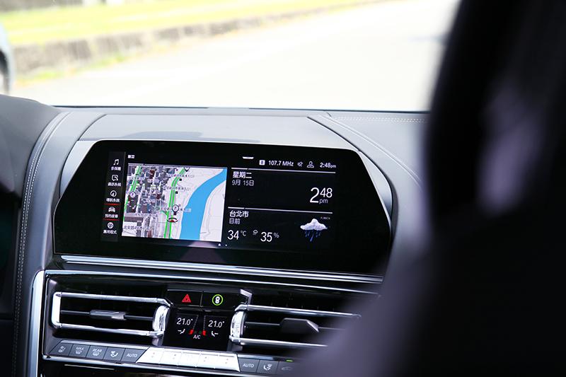 數位儀與中控螢幕同樣配置12.3吋/10.25吋規格。
