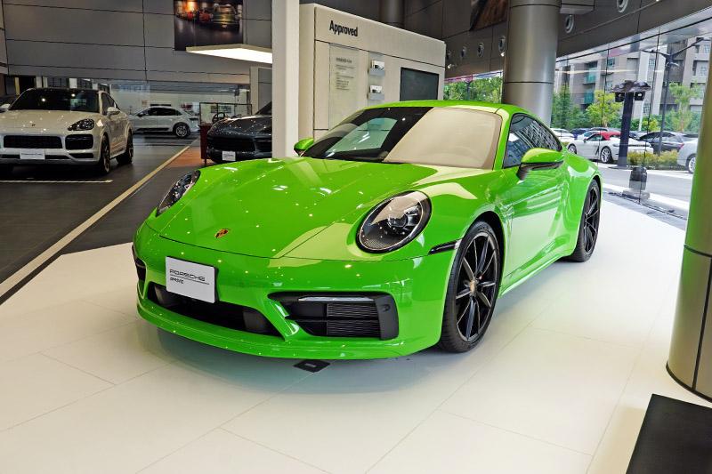 「Approved Module」展示保時捷認證中古車與Porsche Approved Warranty保時捷認證保固服務。