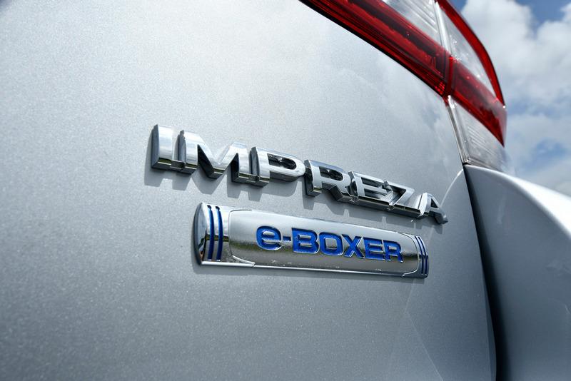 新年式Impreza新增e-Boxer車型。